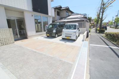 【駐車場】La Maison上野坂