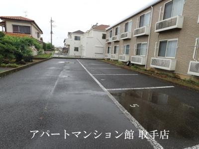 【駐車場】レオパレスカーサT