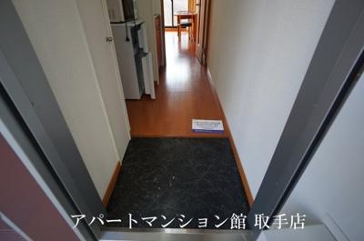 【玄関】レオパレスグレイス