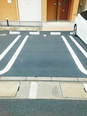 【駐車場】エスマルテ B棟