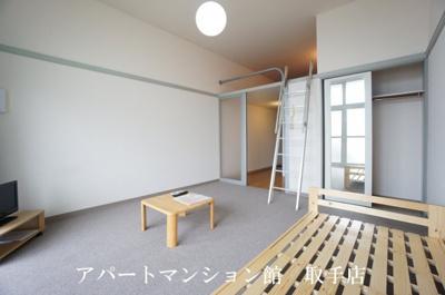 【居間・リビング】レオパレス井野