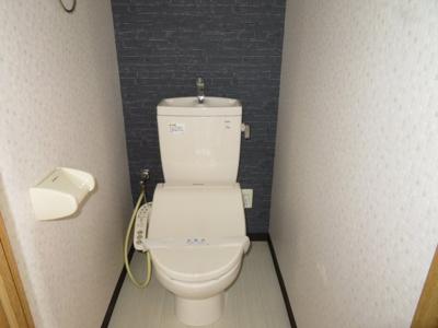 【トイレ】ヴェルデ高見