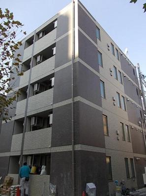 鉄筋コンクリート造のガッチリとした建物