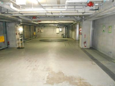 地下機械式駐車場
