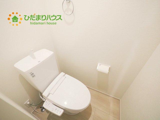 トイレは1F、2F共に完備!取り合いになることがありませんね(^^)/
