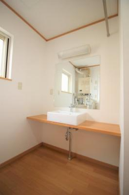 洗面スペースも広々!