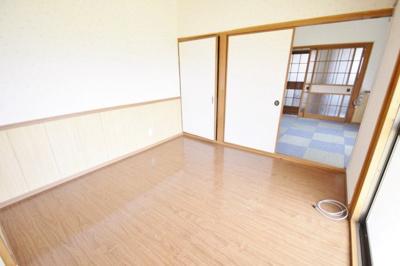 【洋室】泰松貸家