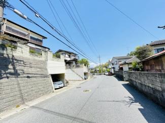 千葉市中央区仁戸名町 中古一戸建て 大森台駅 広い前面道路のため駐車も簡単にできます!