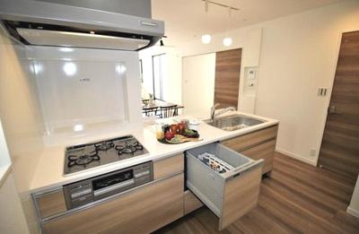【キッチン】小松東町2丁目 新築戸建