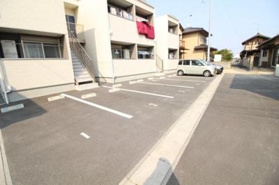 【駐車場】アルヴィータⅡ