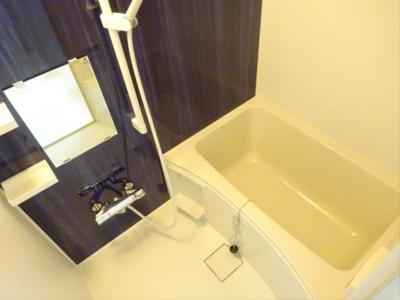 【浴室】アダージョ三軒茶屋