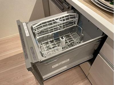 食洗機付で後片付けも楽々、食後をゆっくり過ごせます。
