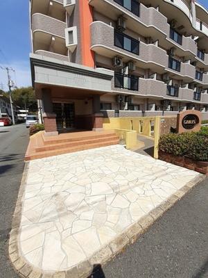 【駐車場】ゲイブルズ