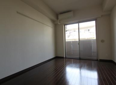 【居間・リビング】ラグジュアリーアパートメント目黒東山