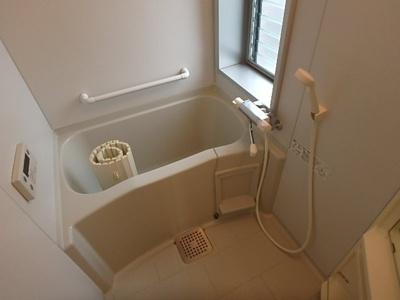 【浴室】ラグジュアリーアパートメント目黒東山