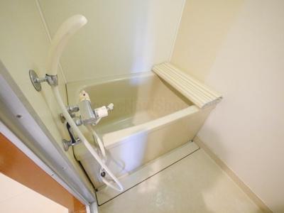 【浴室】シャンベール花の木