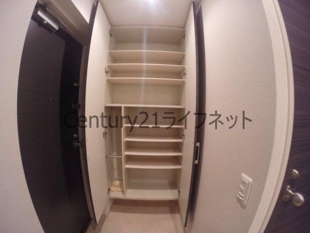 【玄関】クリスタルグランツ新大阪