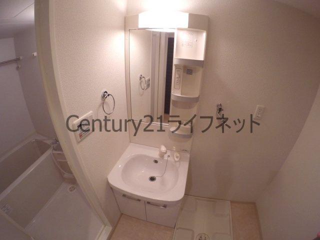 【洗面所】クリスタルグランツ新大阪