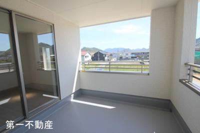 【バルコニー】「西脇市 第一不動産」西脇市西脇字西清水ケ元 5期