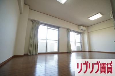 【居間・リビング】大林フローラ