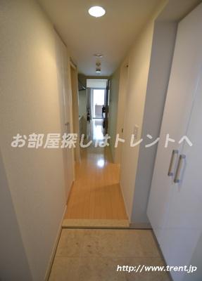 【玄関】レグノフォルテ二番町