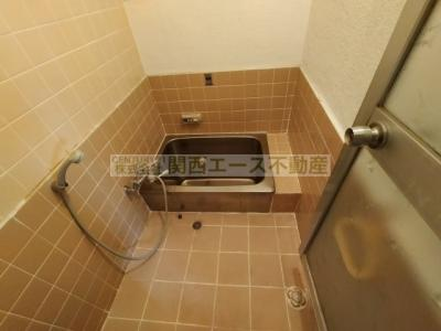 【浴室】四条町貸家