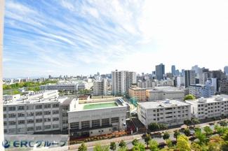 大阪城がご覧いただけます。