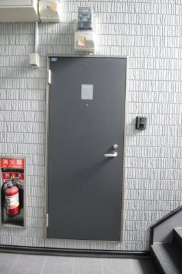 【玄関】コンフォール大阪