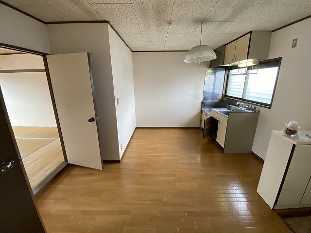 給水設備のある7帖のスペースです☆各スペースに窓があるので換気もできます☆
