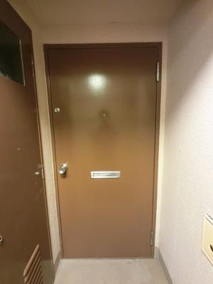 玄関扉です。