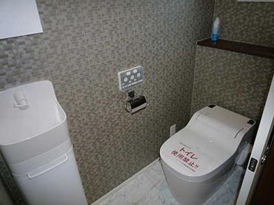 収納も兼ね備えたトイレです
