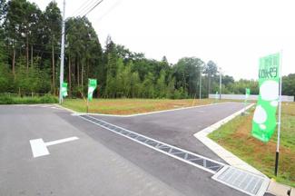 グランファミーロ八千代緑が丘L 開放感があり、静かな分譲地です。