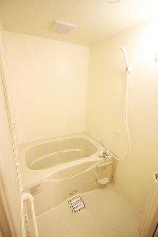 【浴室】メゾンドフルーレ B