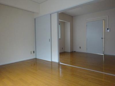 広くて使いやすい居間です(現況と異なる場合は、現況を優先します。)