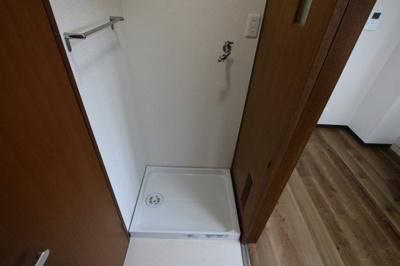 コーポ吉村 洗濯機置き場は室内(脱衣所)にございます。