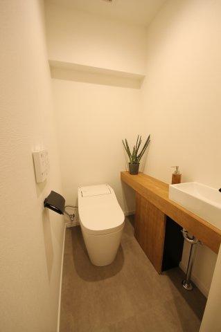 トイレもオシャレなスペースに◎洗面もあり◎