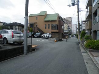【前面道路含む現地写真】尼崎市南塚口町 中古戸建