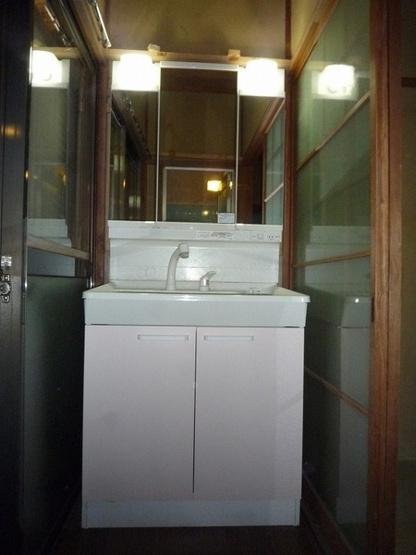 【独立洗面台】