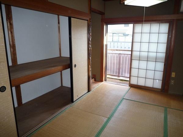 2階和室6帖