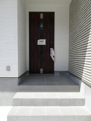 グレード感のある、玄関♪横浜の新生活を満喫してください。