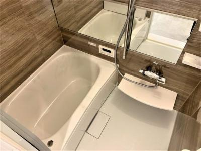 【浴室】ユニ・アルス池田城南