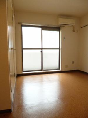 ※同タイプ別室の写真です。