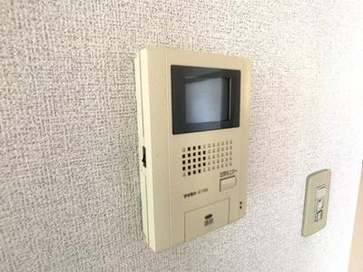 【玄関】ニューファミールB