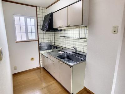 【キッチン】ニューファミールB