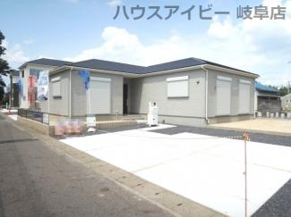 岐阜市黒野 新築建売全3棟 耐震等級3・住宅性能評価書を取得!お車スペース並列3台以上可能!平屋です♪