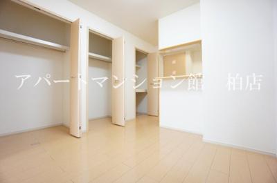【居間・リビング】アンカンシェルヒルズⅡ
