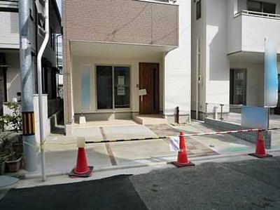 2台駐車が可能な駐車場です