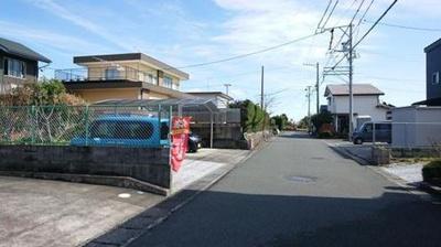 【前面道路含む現地写真】西区雄踏町宇布見 中古住宅 KA