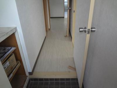 【玄関】カーサグラン余戸