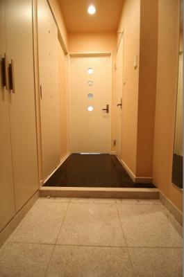 【玄関】ジューム南船場